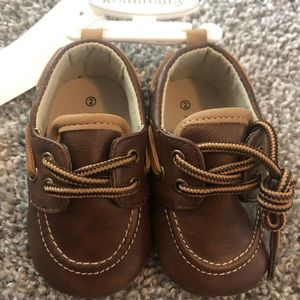 Baby Shoes.. all like new or never been worn!